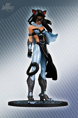 CATWOMAN V.2 BLUE SUIT VARIANT AME-COMI ACTION FIGURE