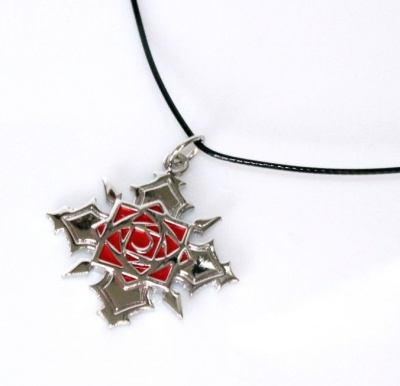COLLANA CON CIONDOLO YUKI CROSS ACCADEMY VAMPIRE KNIGHT
