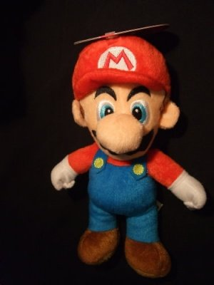 PELUCHE MARIO - SUPER MARIO NEW EDITION